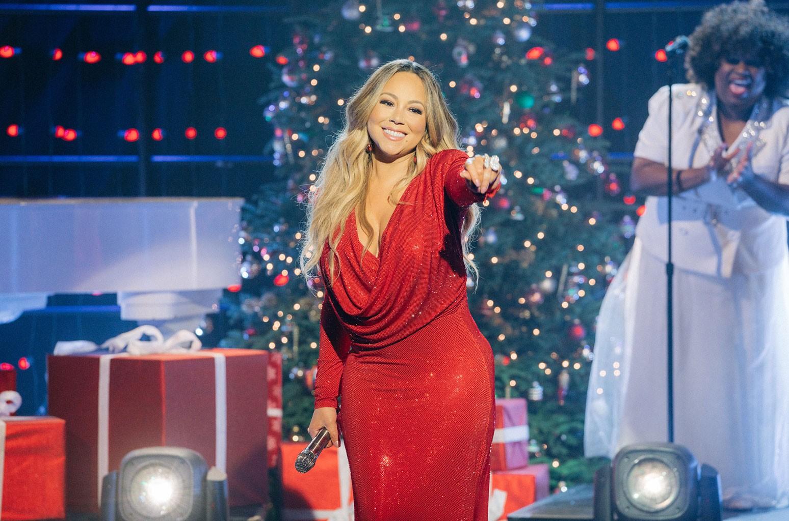 Christmas Invades Australia's Charts as Mariah Carey, Michael Buble Rule | Billboard