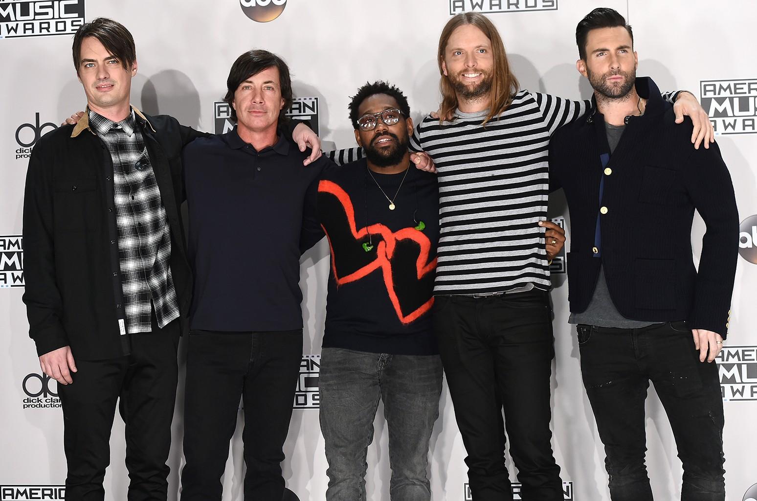 Maroon 5 at the American Music Awards