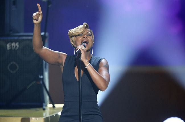 Mary J Blige, A Very Grammy Christmas