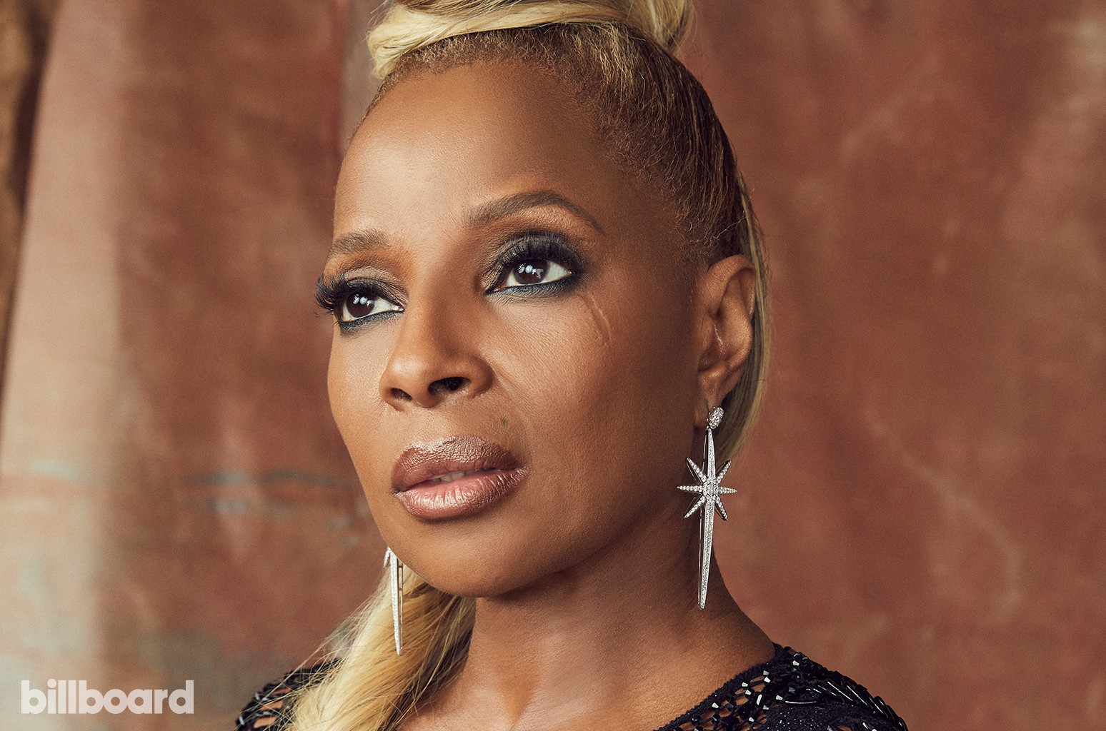 Queen Latifah Is Filled With Joy Over Mary J Blige S Oscar Nominations Billboard