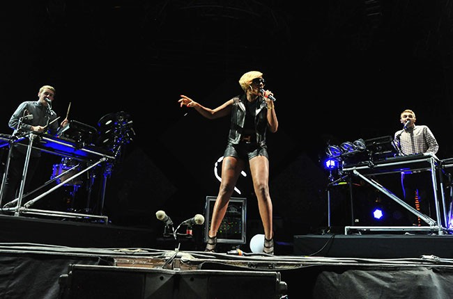 Mary J. Blige performs with Guy Lawrence and Howard Lawrence of Disclosure