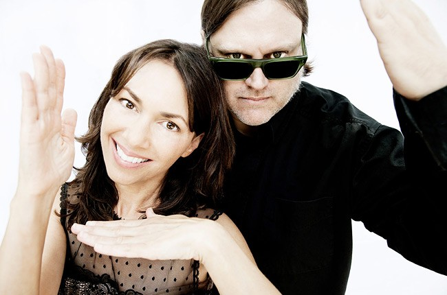 Susanna Hoffs and Matthew Sweet