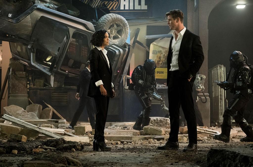 Em (Tessa Thompson) and H (Chris Hemsworth) in Columbia Pictures' Men in Black: International.
