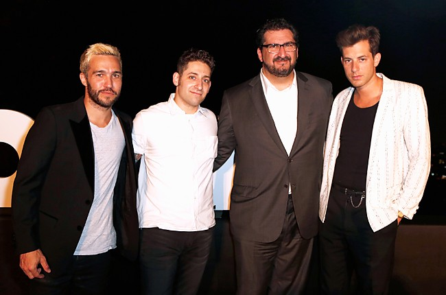 Pete Wentz, Joe Trohman and Mark Ronson with Editor in Chief, Billboard, Tony Gervino