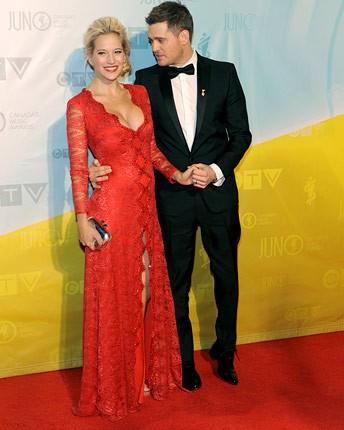 michael-buble-red-carpet-juno-awards-2013-650-430