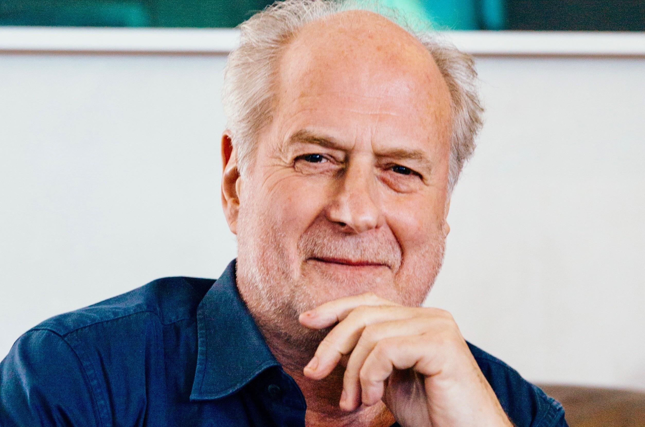 Майкл Гудински, легендарный австралийский независимый музыкальный предприниматель, умер в возрасте 68 лет