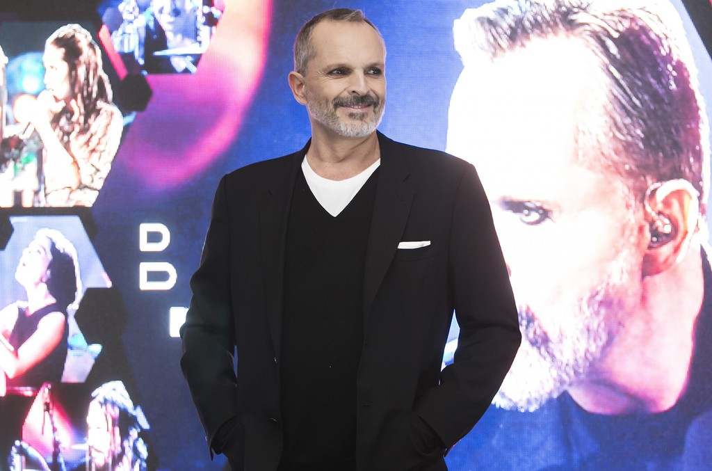 Miguel Bose unveils unplugged