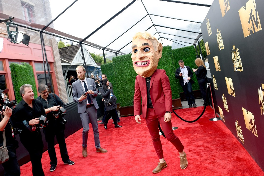 Mike Posner 2016 mtv movie awards