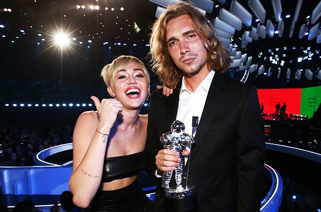Miley Cyrus and Jesse VMAs 2014