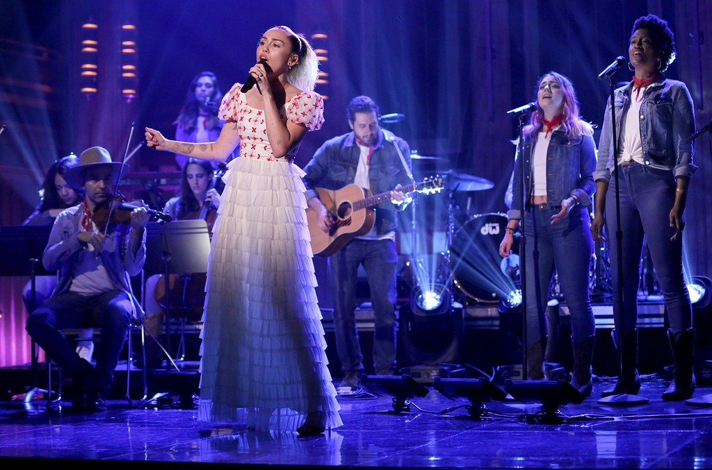 Miley Cyrus performs on The Tonight Show Starring Jimmy Fallon on June 14, 2017.