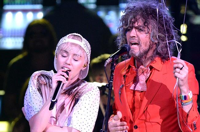 Miley Cyrus Wayne Coyne 2014