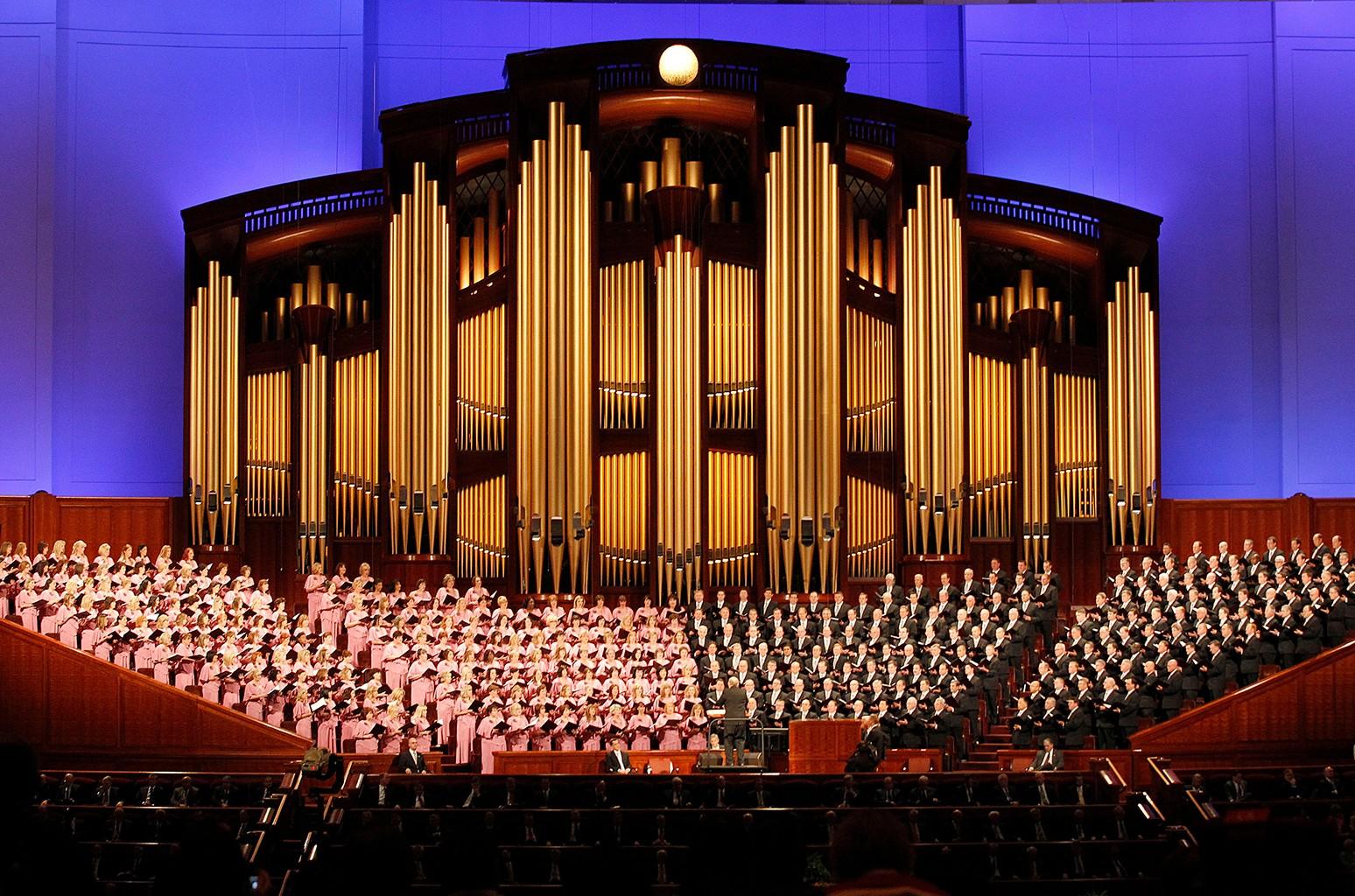2021 Mormon Tabernacle Choir Christmas Concert Mormon Tabernacle Choir Changes Name As Church Shifts Away From Mormon Label Billboard Billboard