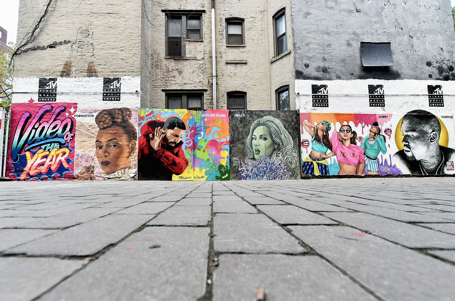"""MTV Video Music Awards """"Video of the Year"""" nominees mural"""