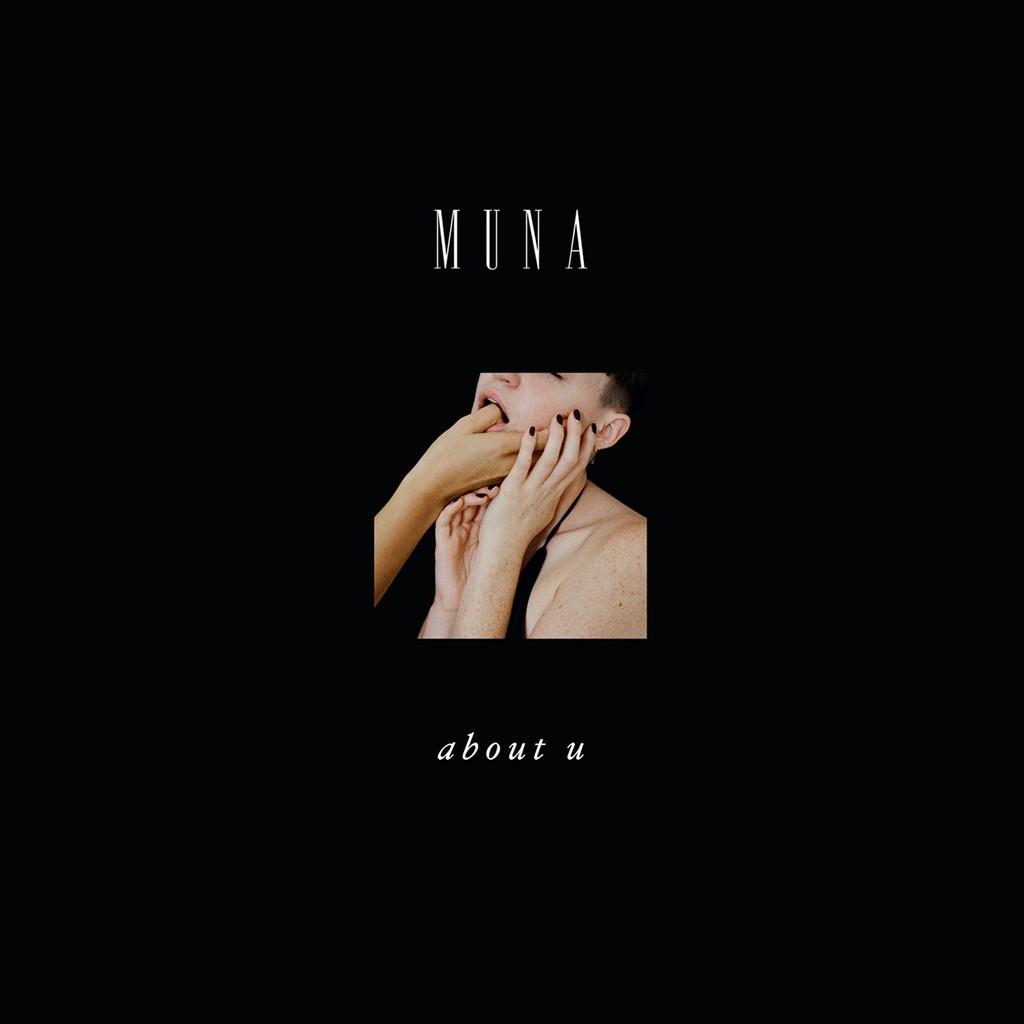 Muna, 'About U'