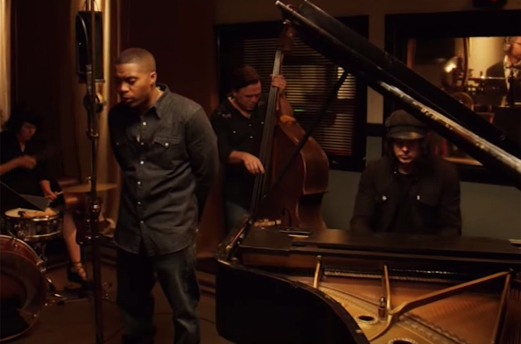 """Nas and Jack White Perform """"One Mic"""" for The American Epic Sessions"""
