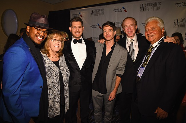 Ne-Yo, Linda Moran, Michael Buble, Nate Ruess, Alan Kalter, and Martin Bandier