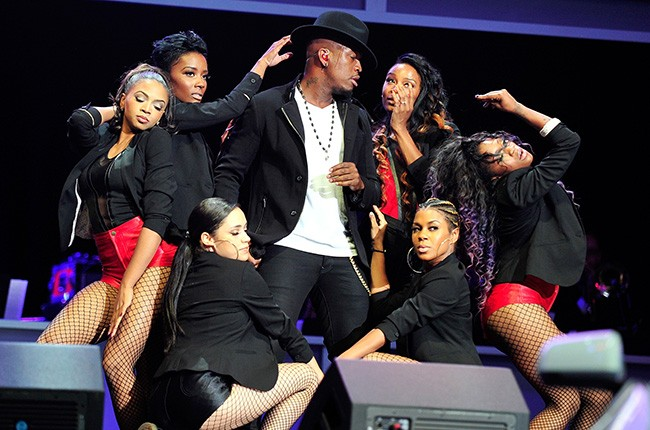 Ne-Yo performs at the 2014 Ford Neighborhood Awards