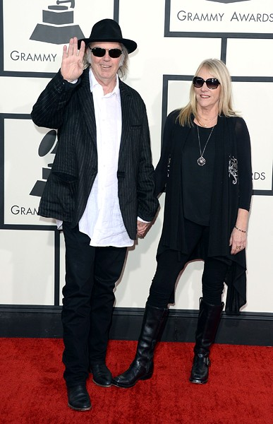 neil-young-grammys-2014-red-carpet-600
