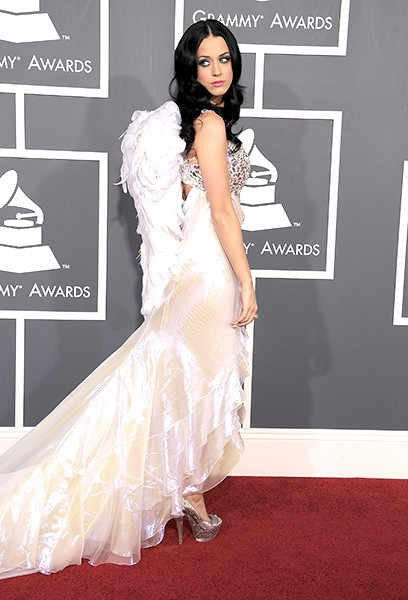 new-13feb2011-katy-perry-outrageous-fashion-600