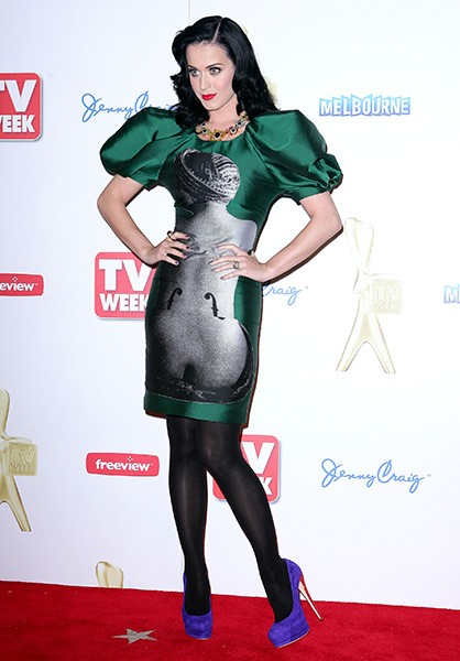 new-1may2011-katy-perry-outrageous-fashion-600