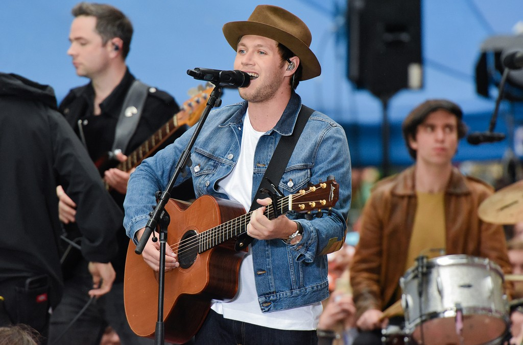 Niall Horan performs live on NBC's 'Today' Show at Rockefeller Plaza on May 29, 2017 in New York City.