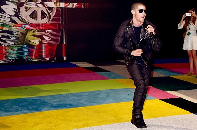 Nick Jonas MTV VMAs 2015