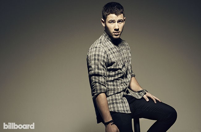 Nick Jonas, BB38.