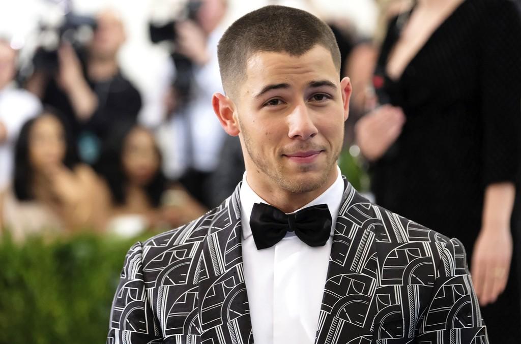 Nick Jonas, 2017
