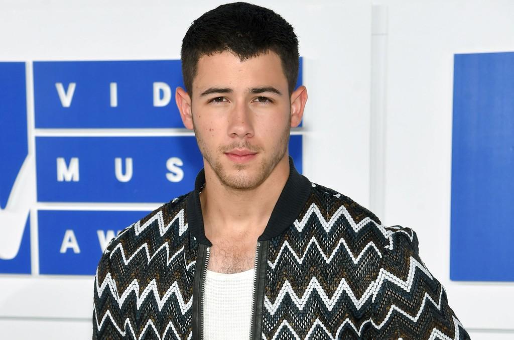 Nick Jonas attends the 2016 MTV Video Music Awards