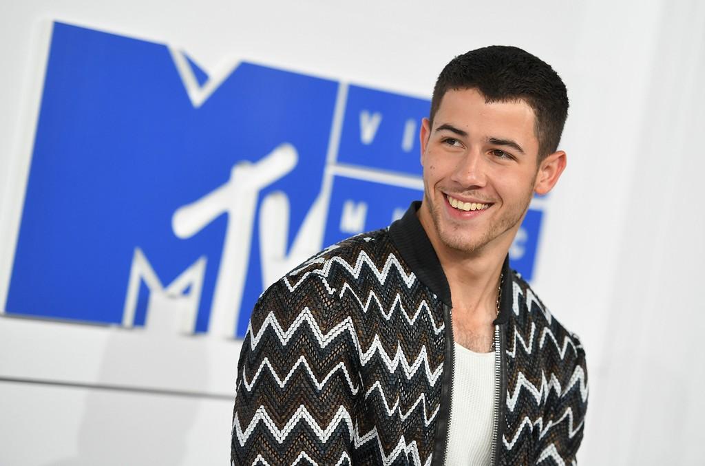 Nick Jonas arrives for the 2016 MTV Video Music Awards