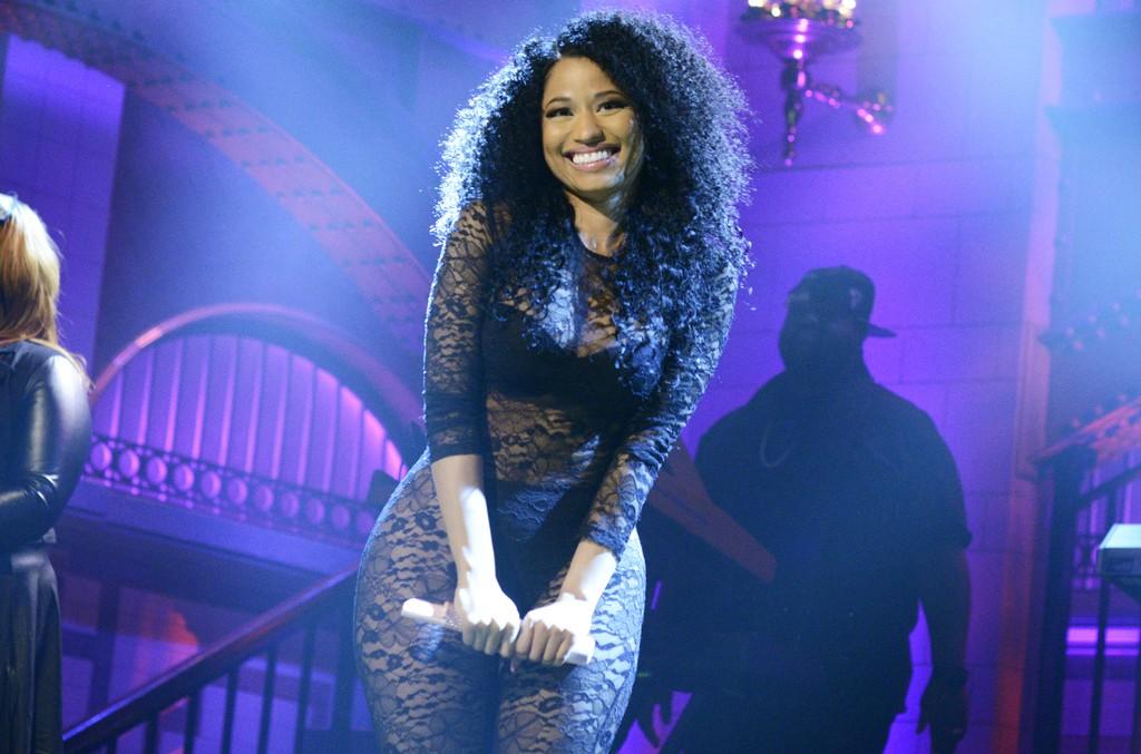 Nicki Minaj performs Saturday Night Live