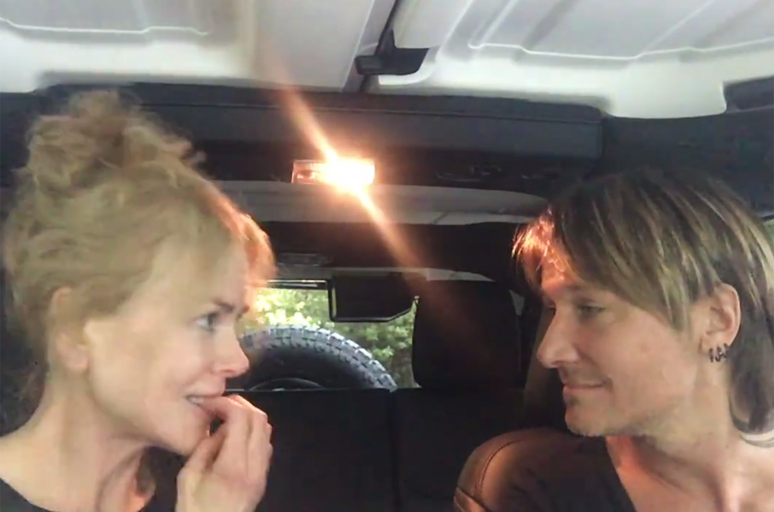 Nicole Kidman and Keith Urban perform The Fighter