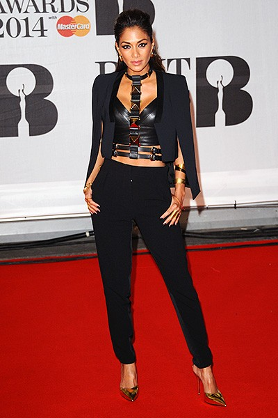 nicole-scherzinger-brit-awards-red-carpet-2014-600
