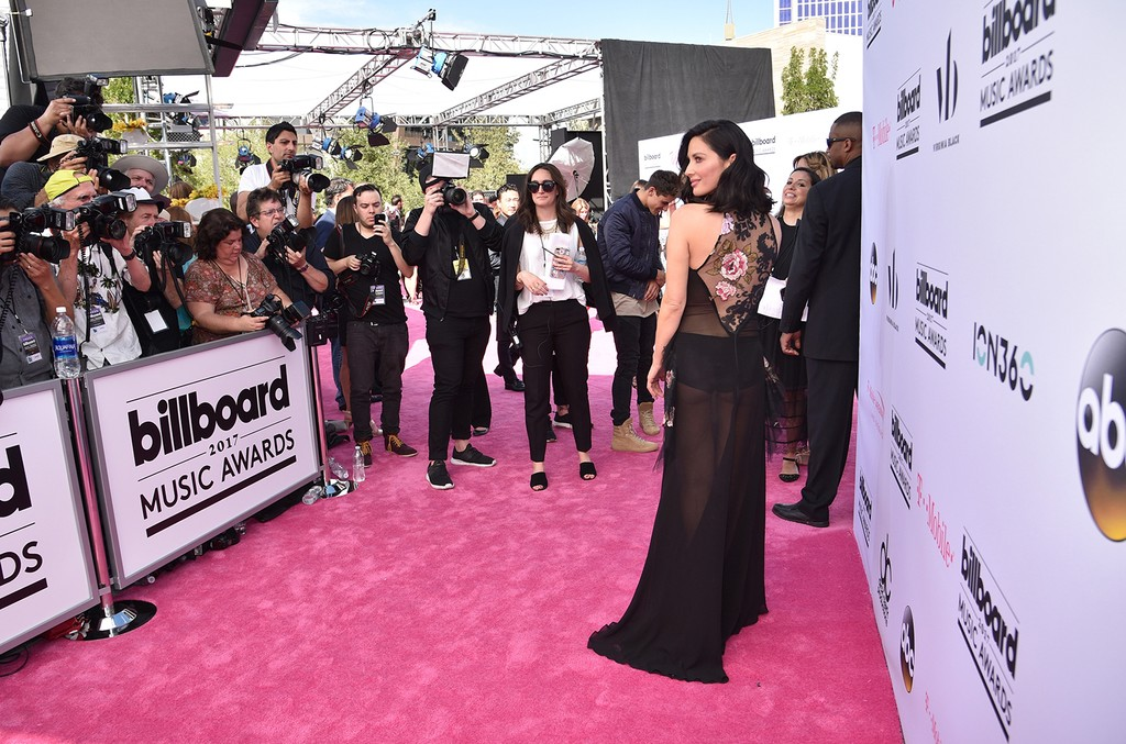 Olivia Munn attends the 2017 Billboard Music Awards at T-Mobile Arena on May 21, 2017 in Las Vegas.