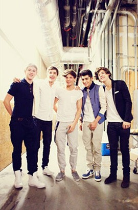 one-direction-717-day-in-the-life-409