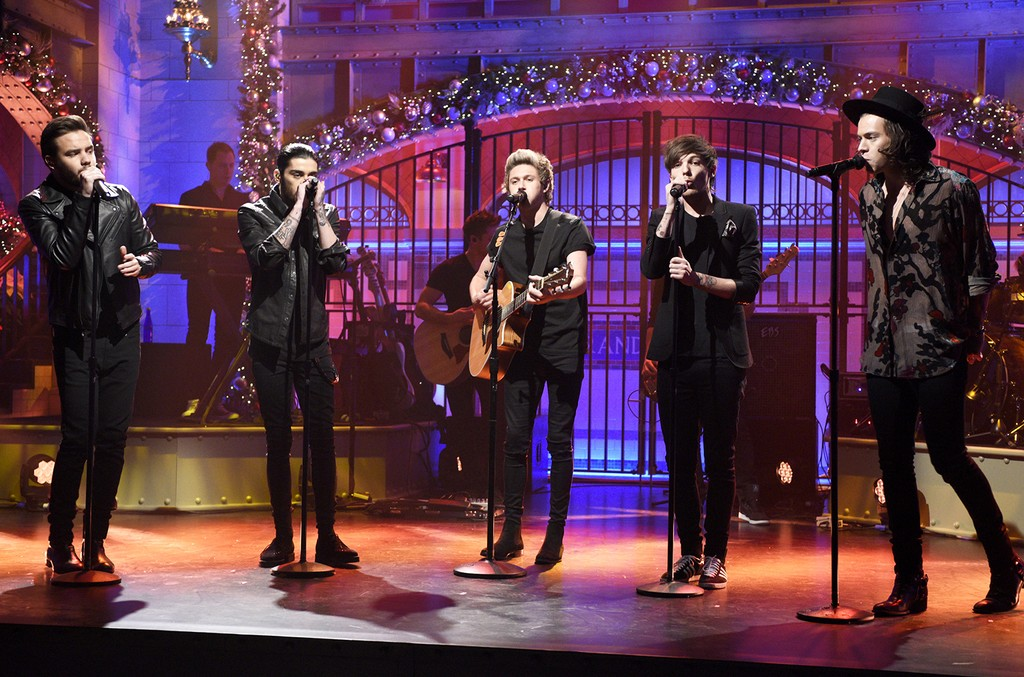 One Direction perform on Saturday Night Live on Dec. 20, 2014.
