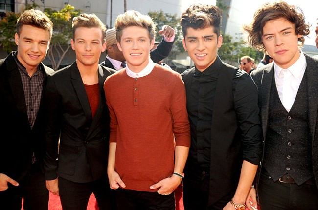 one-direction-red-carpet-vma-2012-650-430