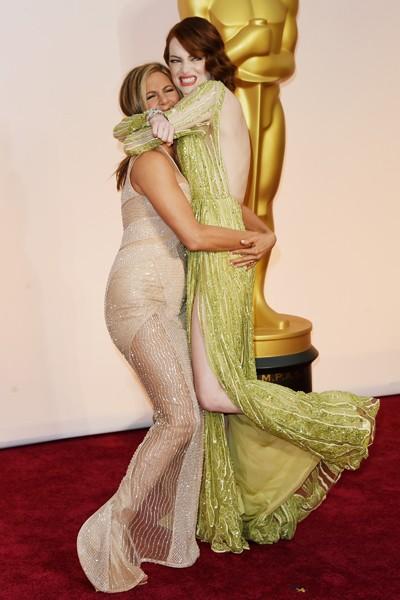 Jennifer Aniston and Emma Stone Oscars 2015