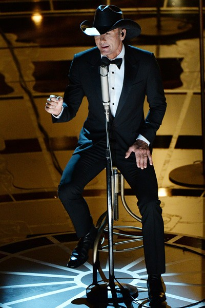 Tim McGraw 2015 Oscars Performance