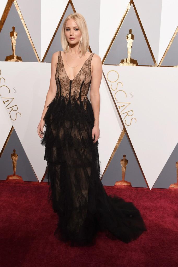 Jennifer Lawrence 2016 oscars