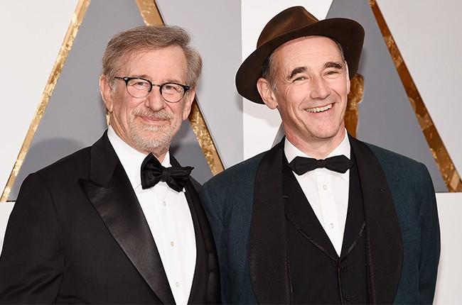 Steven Spielberg and Mark Rylance  2016 oscars