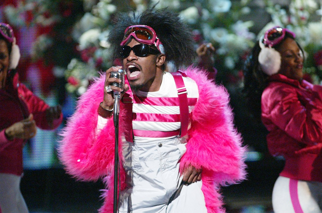 Andre 3000 of Outkast performs on Nov. 30, 2003.