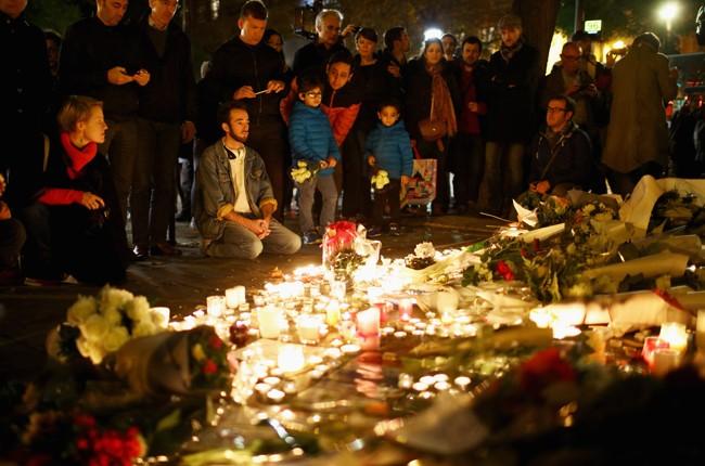 paris-attack-bataclan-memorial
