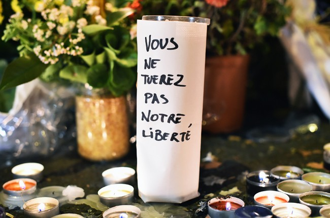 paris-attack-bataclan-memorial-you-will-not-kill-out-freedom-nov-2015
