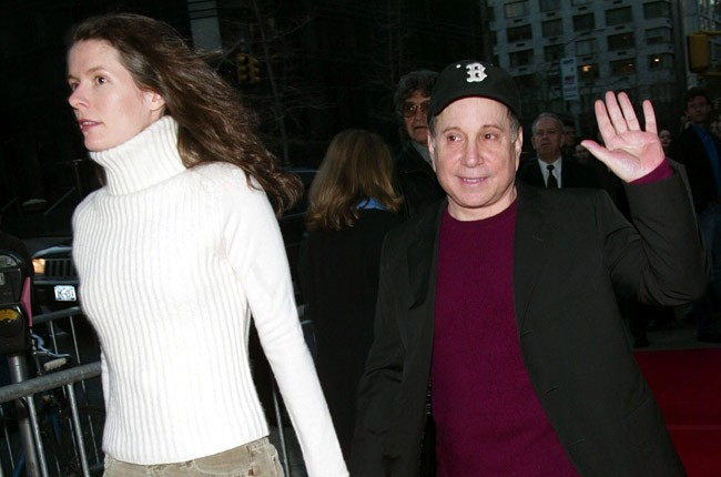 Edie Brickell and Paul Simon in 2002