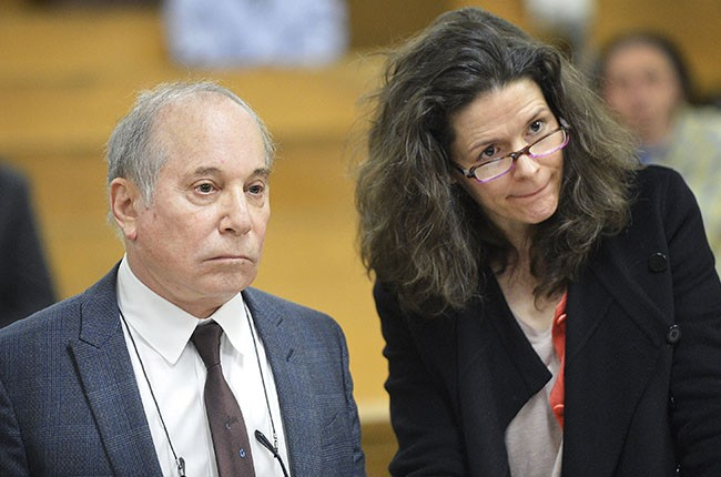 Paul Simon and his wife Edie Brickell appear in court