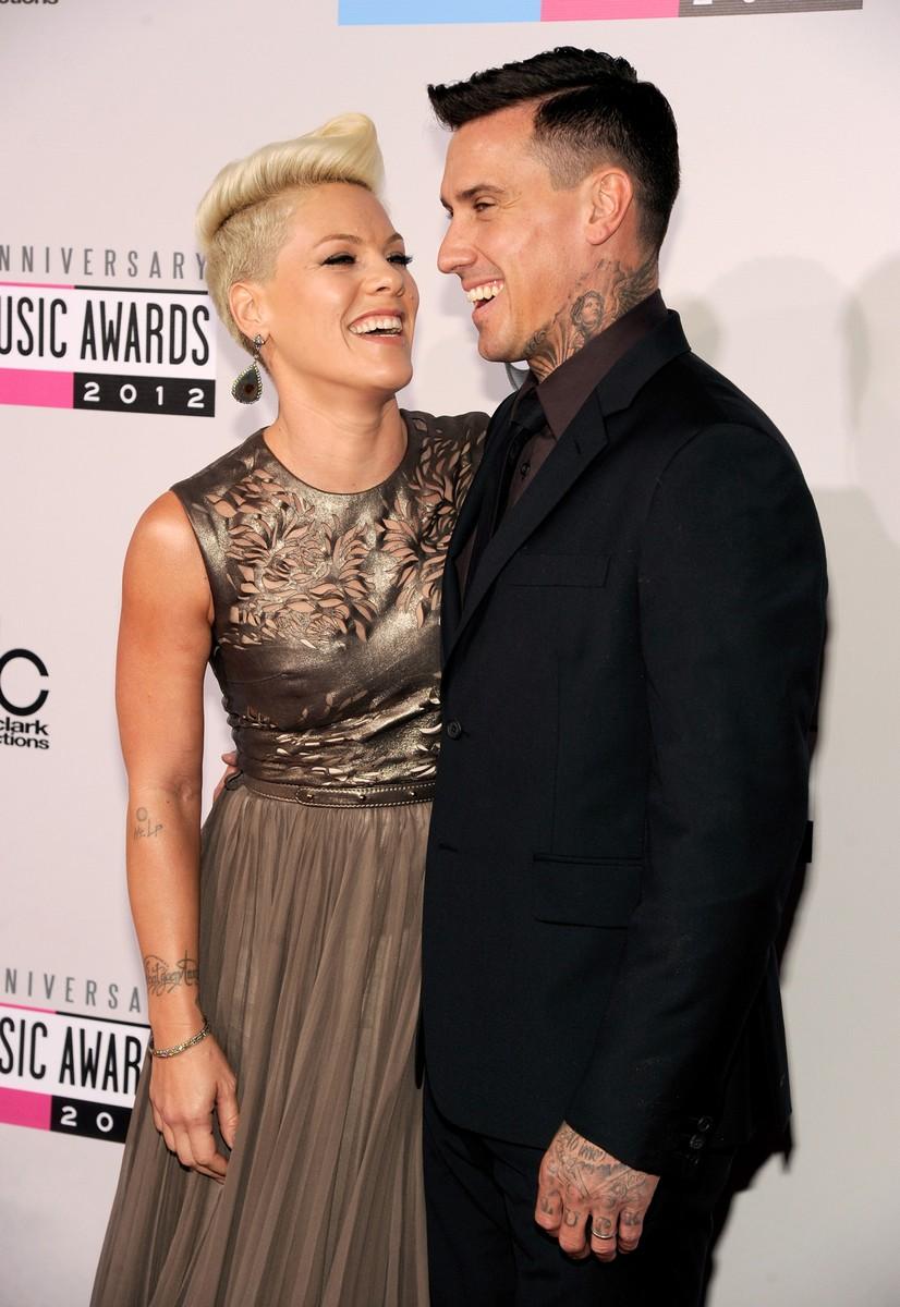 Pink & Carey Hart, 2012