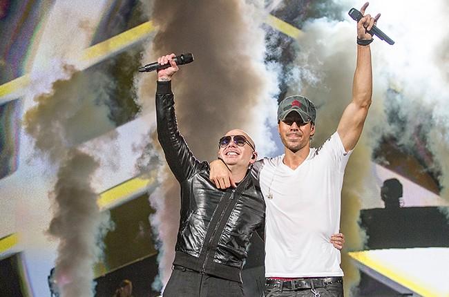 Pitbull Enrique Iglesias 2016