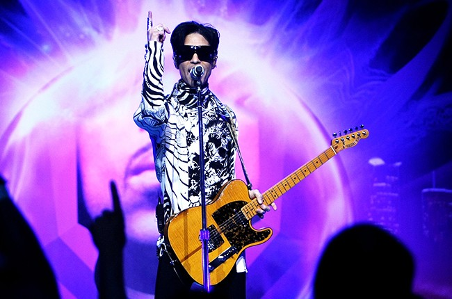 prince-One-Night.-Three-Venues-2009