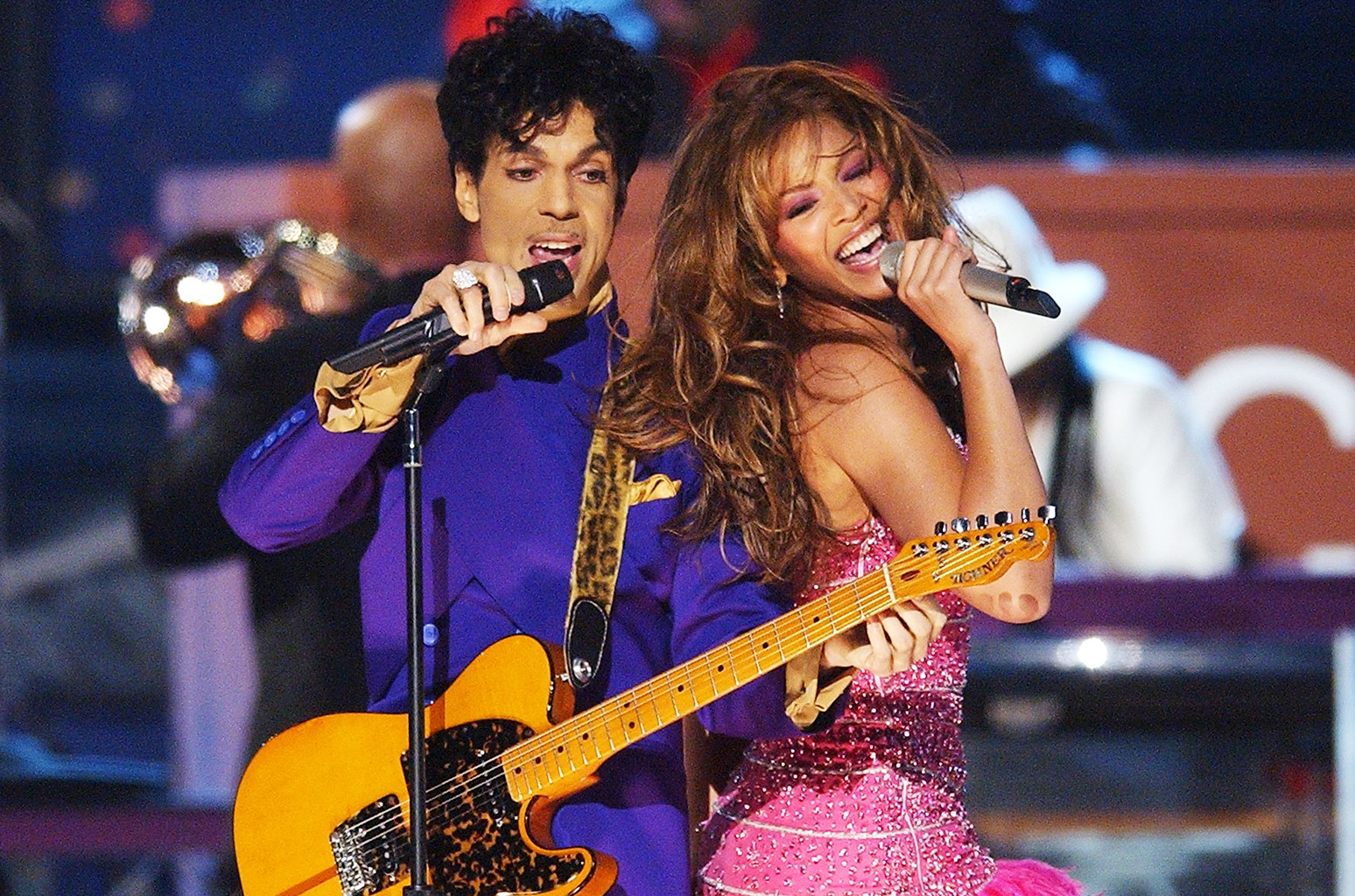 Prince and Beyonce perform at the 2004 Grammy Awards
